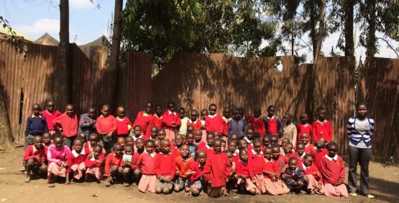 I bambini della scuola Alice For Children di Korogocho