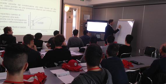 Sessione formativa con studenti